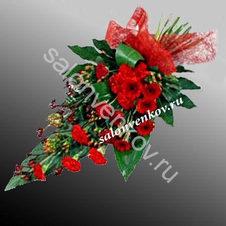 Траурный букет из живых цветов N7